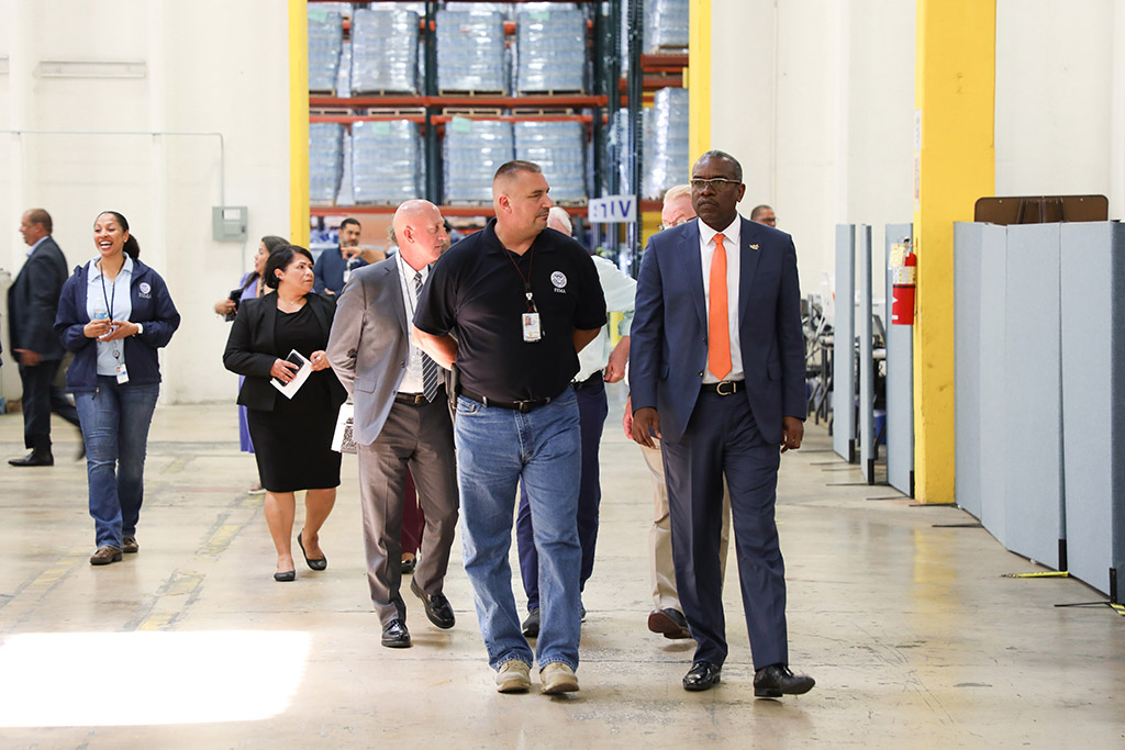 Governor Bryan visits FEMA distribution center in Bayamón, Puerto Rico